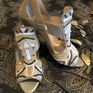 HOUSE OF HARLOW SIZE 39.5